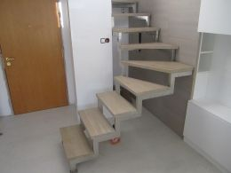 Stainless steel stairs - Image 1