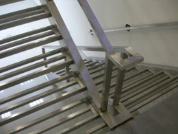 Stainless steel stairs - Image 3