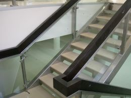 Stainless steel stairs - Image 4