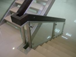 Stainless steel stairs - Image 6