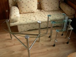 Metal and glass tables - Image 2