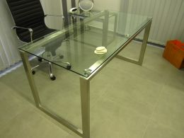 Metal and glass tables - Image 6
