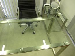 Metal and glass tables - Image 8