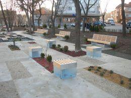 Garden benches - Image 3