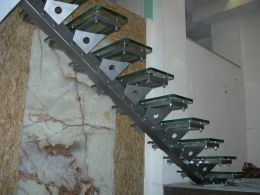 Interior metal stairs - Image 5
