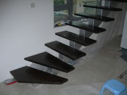Interior metal stairs - Image 8