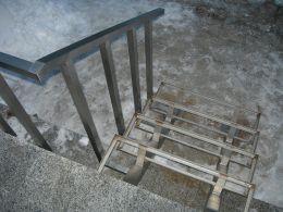 External metal stairs - Image 1