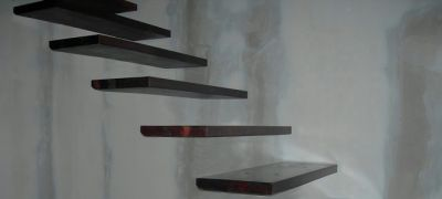 Stairs without apparent structure